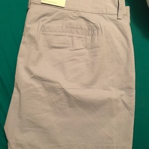 Old navy mid rise  shorts